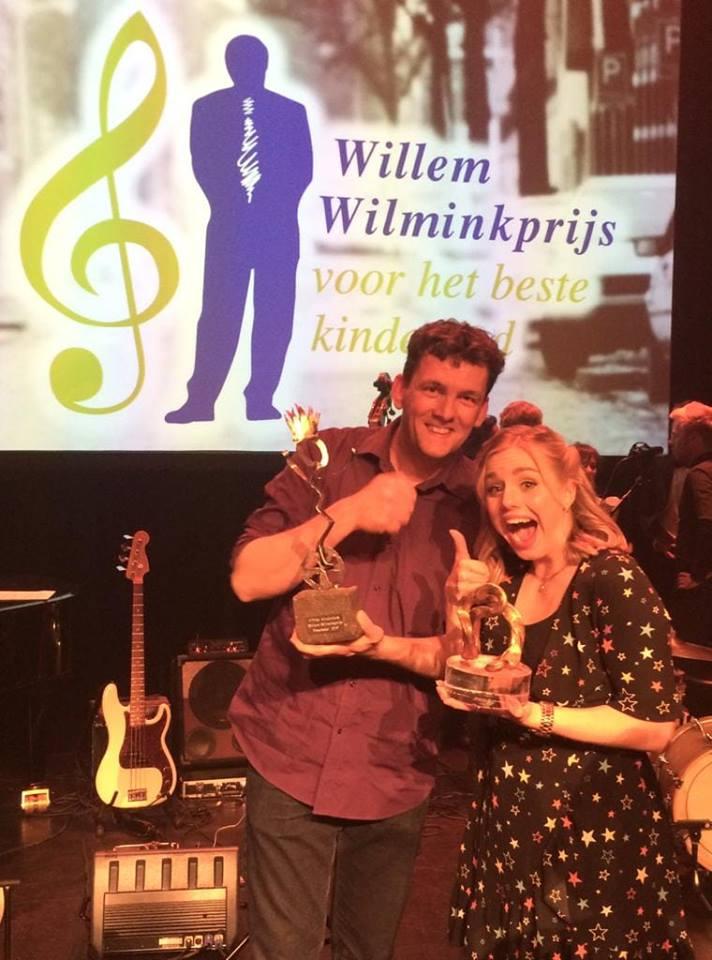 Jeroen Schipper wint de Willem Wilminkprijs voor beste kinderlied van 2019 wij zijn super trots