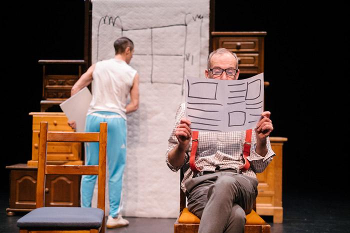 Bliep Bliep een jeugdtheater voorstelling van Theatergroep Dender zij maken cartoon theater