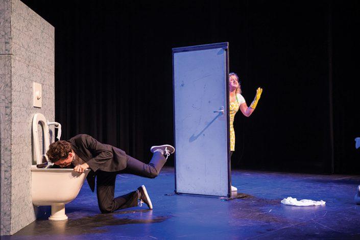 wc monster een kindertheater voorstelling van Lefkop