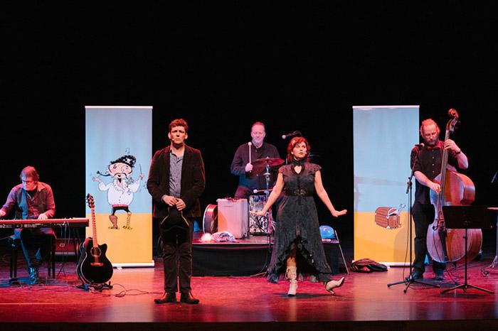 Operapiraat een jeugdtheater voorstelling van Jeroen Schipper o.a. bekend van 123Zing
