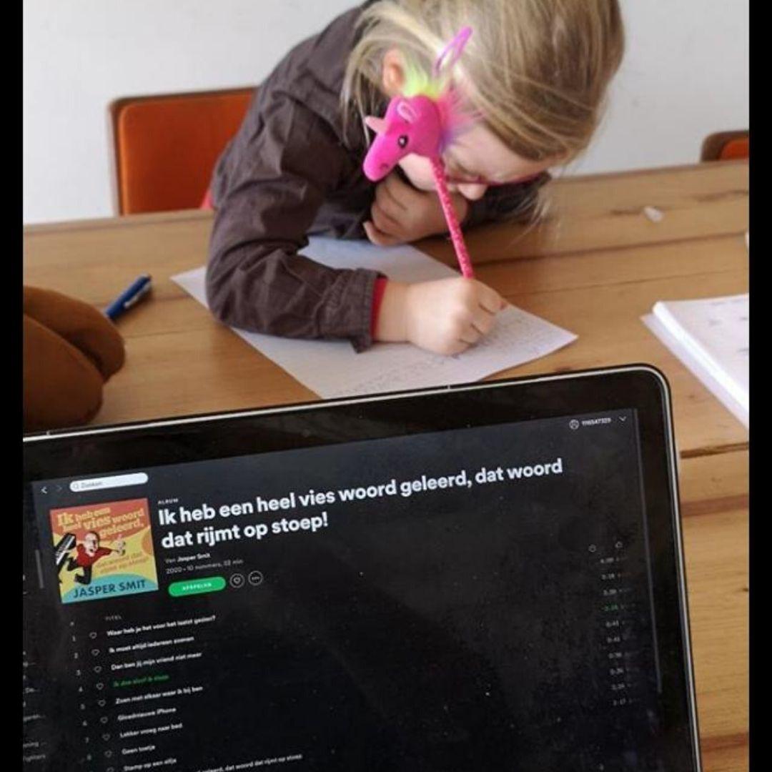 Jasper Smit dictee home scholing