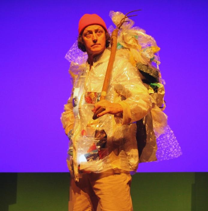 Pfff jeugdtheater klimaatverandering scènebeeld